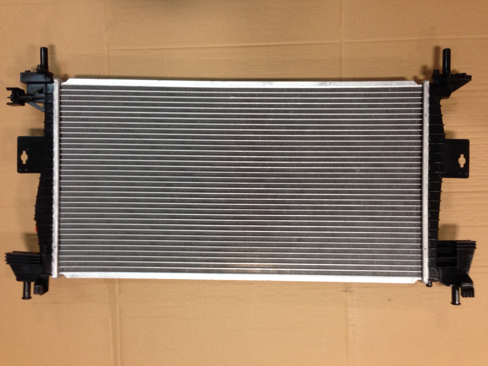 Radiator For 2012-14 Ford Focus Non-Turbo